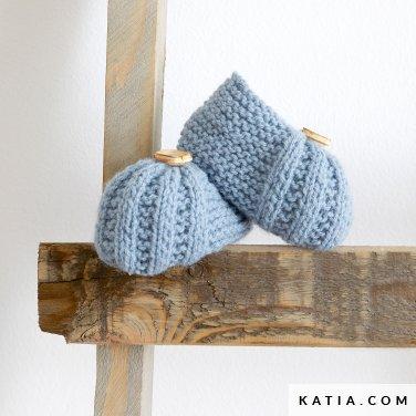 modele-tricoter-tricot-crochet-layette-botillons-printemps-ete-katia-6252-14-p.jpg